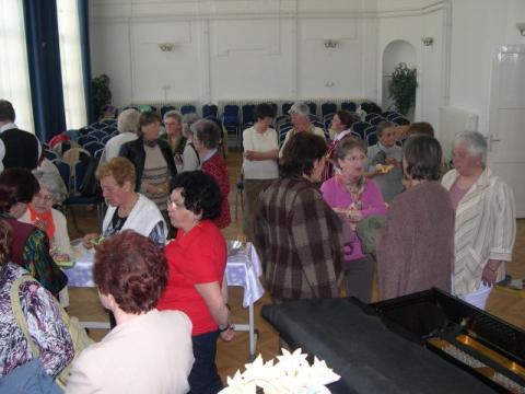 Szőgyéni nyugdíjas pedagógusok Tatán